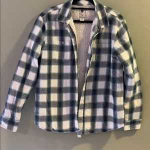 Men's long-sleeved button down flannel lined shirt